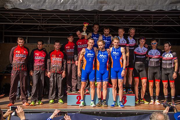 d1_homme_podium_equipe-2.jpg