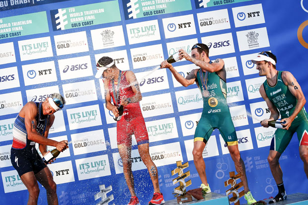 Gold_Coast_podium_se_rie.jpg